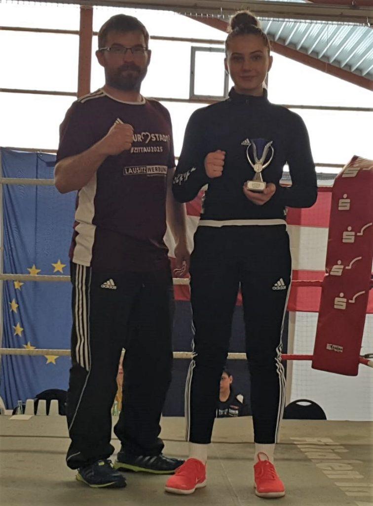 Viktoria Sawazki gewinnt Zittauer Boxturnier